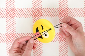diy-emoji-ornaments2-297x197