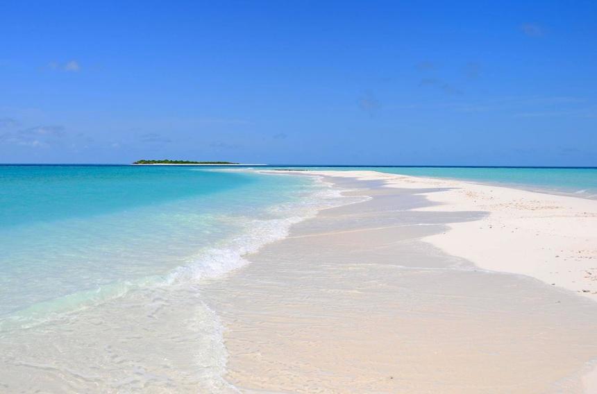 01-beach-maldives-vittaveli